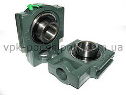 Radial insert ball bearing UCT206